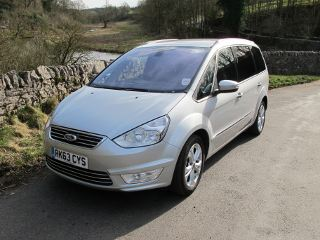peak premier travel luxury private hire ford galaxy